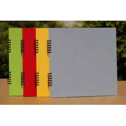 Album na spirali 24x24cm/ 20 kart/ lniana oprawa
